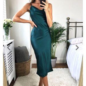 NWT Zara Dress!!